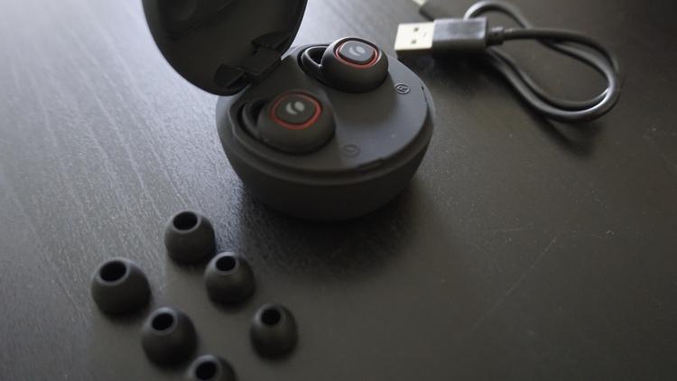 Rolfstone Nova truly wireless earbuds